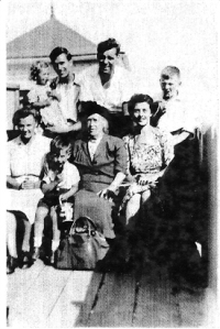 Agnes Monk - lady chimney sweep with her family around her
